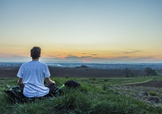 کارهایی که میتوانید به تنهایی از انجامشان لذت ببرید