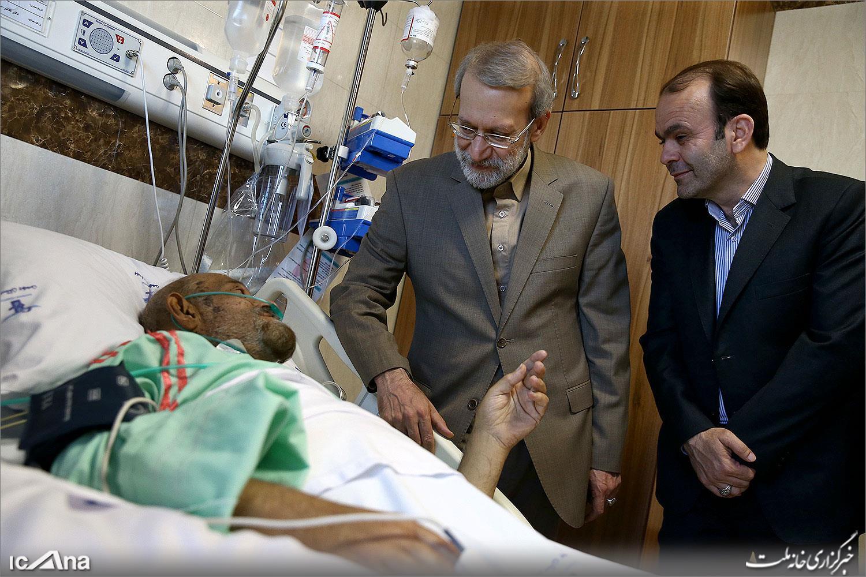 عیادت لاریجانی از عباس دوزدوزانی