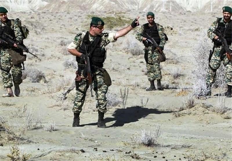 افسران چینی از تیپ ۶۵ نوهد ارتش بازدید کردند