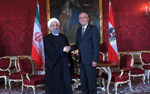 اگر بقیه امضاکنندگان برجام, منافع ایران را تضمین کنند, ایران برجام بدون آمریکا را ادامه خواهد داد