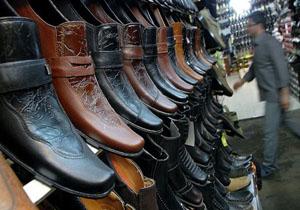 دردسرهای قاچاق برای کفش ملی/ مردم عراق از کفش ایرانی استقبال کردند