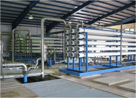 افزایش تولید ۲ برابری آب از تاسیسات آب شیرینکن کنگان