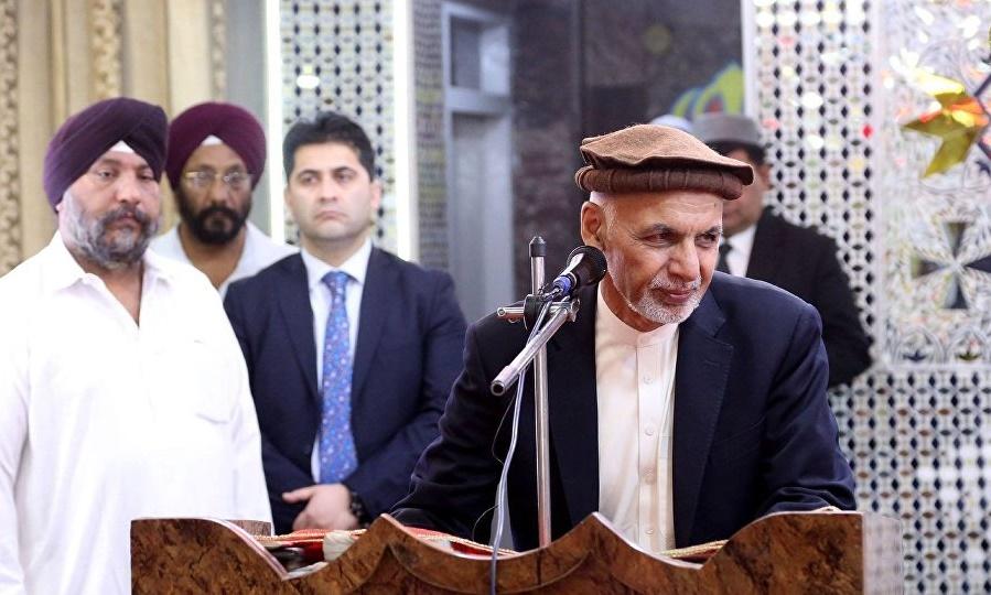 اشرف غنی با سیک های افغانستان دیدار و همدردی کرد