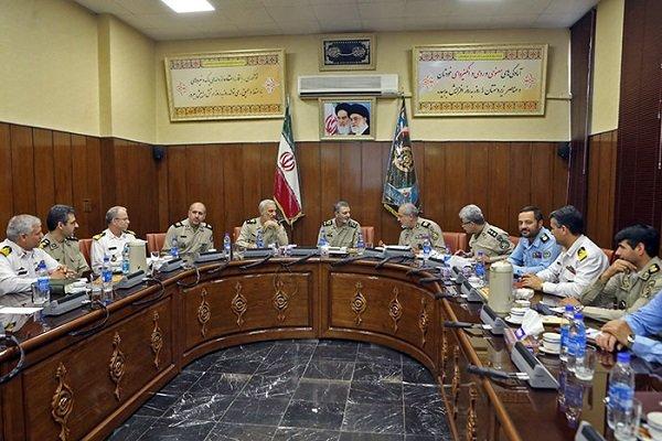 تداوم برگزاری نشستهای تخصصی ارتش در ردههای مختلف ضروری است