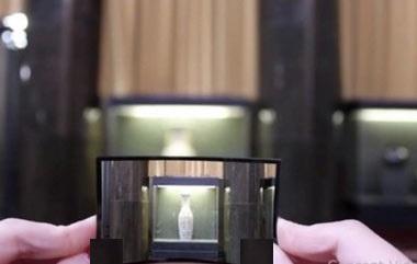 از عینکی که چت میکند تا دوربینی که لنز آن خم میشود