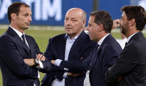 دنیا در انتظار منفجر شدن بمب نقل و انتقالات فوتبال/رونالدو یک گام تا یوونتوس