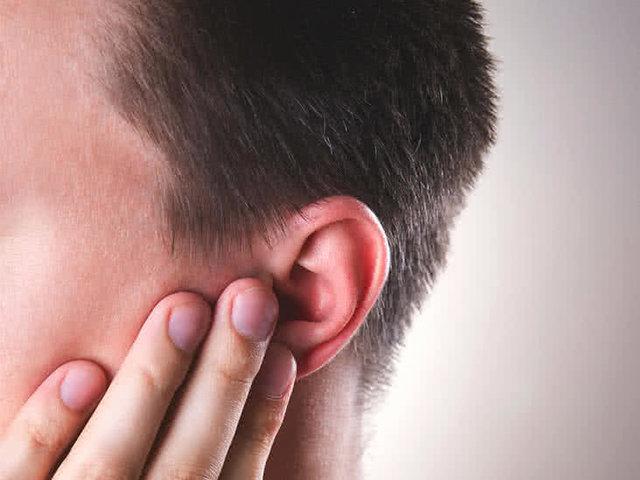 با این راهکارهای متفاوت وزوز گوش خود را درمان کنید