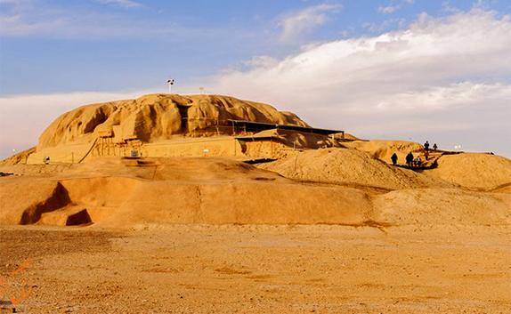 توجه ویژه باستان شناسان مطرح جهان به تپه تاریخی «سیلک» کاشان + فیلم