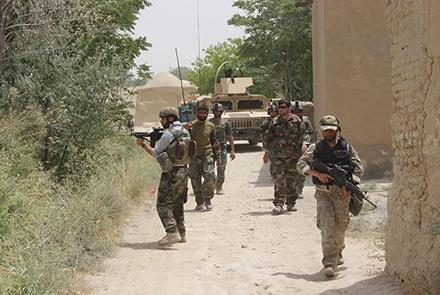 درگیری شدید نیروهای دولتی و طالبان در ولسوالی «چمتال» بلخ