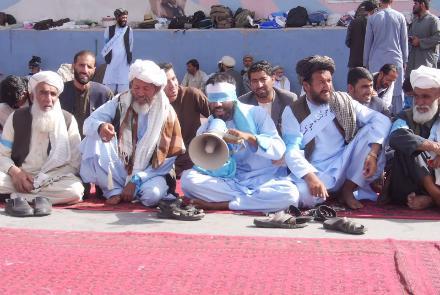 کاروان مردمی صلح به مناطق تحت نفوذ طالبان می روند