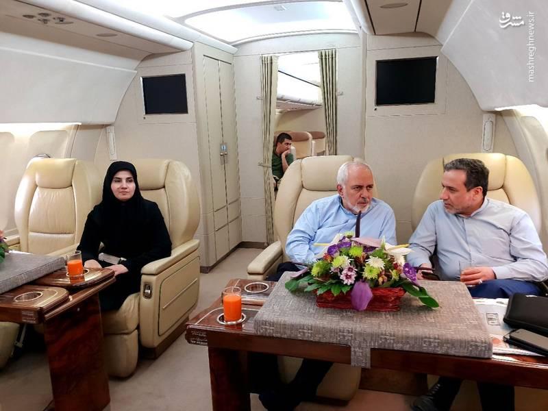 زنی که ظریف را در سفر به وین همراهی میکند+عکس