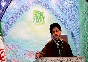 مردم و مسئولان باید از کالای ایرانی حمایت کنند