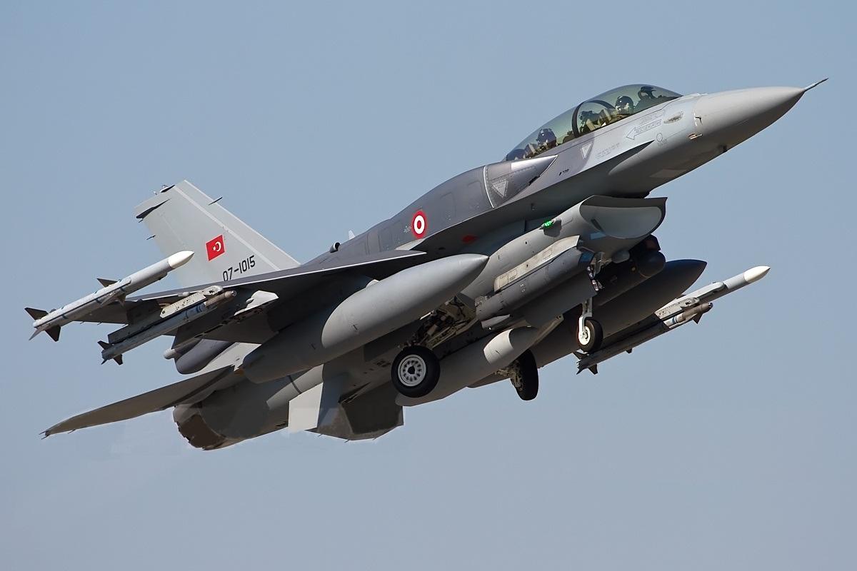 حملات هوایی جنگندههای ترکیه به مناطقی در منطقه کردستان عراق