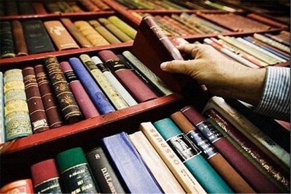پخش کتاب در شهرستان ها وجود ندارد/ ناشران به سمت تخصصی شدن بروند