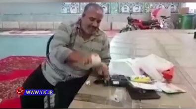 کالای خارجی زیر دستان رئیس خرد شد+ فیلم