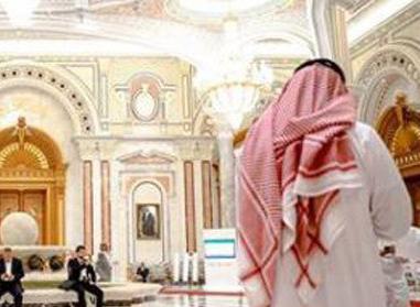 حرکتی که شاهزاده قلابی سعودی را در یک تجارت بزرگ لو داد!+عکس