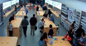 سرقت ۲۷ هزار دلار از محصولات اپل در کمتر از ۳۰ ثانیه+ فیلم