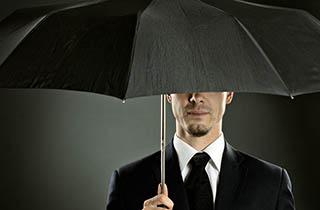 چتری که دنبالتان میآید + فیلم