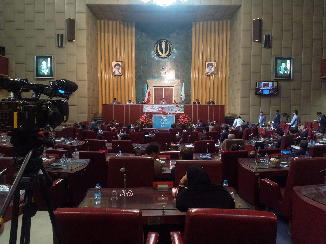 عزل و نصبهای سیاسی در آموزش و پرورش تحصیل و آموزش را قربانی کرده است/ ثمره بیست سال تلاش در خوزستان برای کشاورزی در یک هفته بر باد رفت