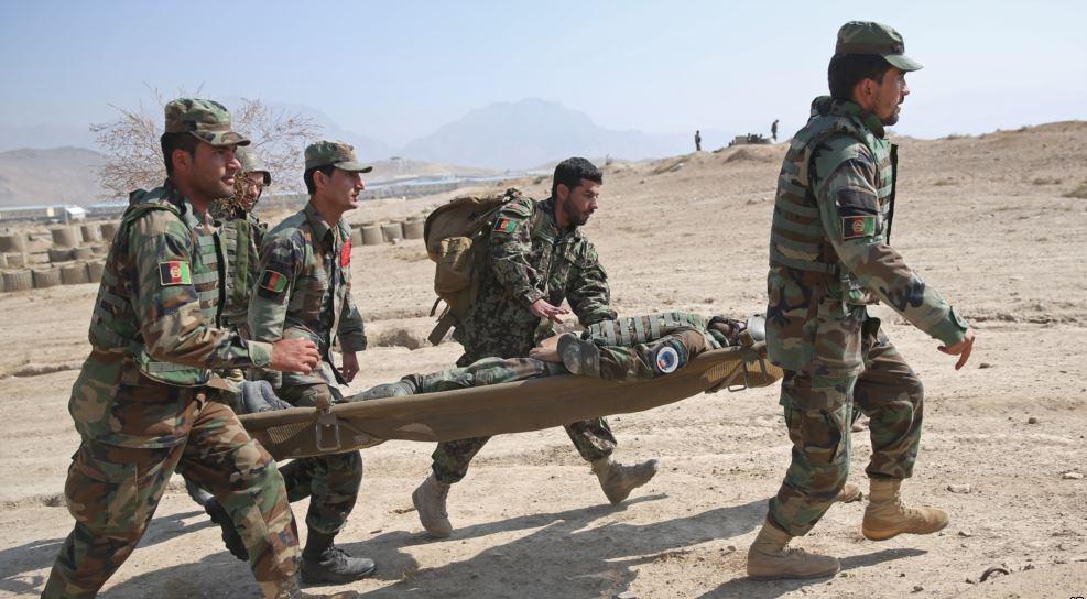 ۳۶ سرباز ارتش افغانستان در حمله طالبان به قندوز جان باختند