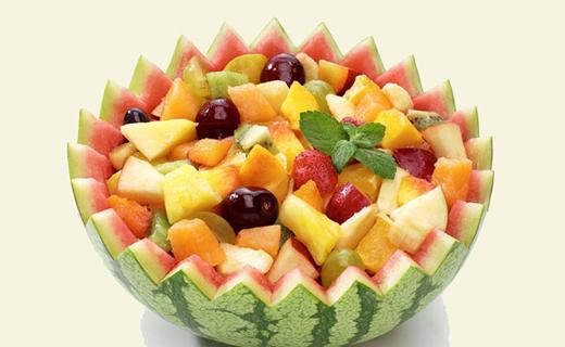 برداشت گرمک میوه ای خوش مزه و خوشبو در گرمای منوجان