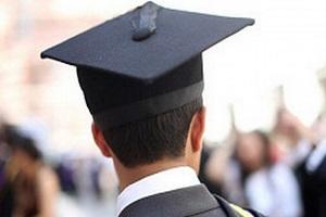 فرآیند بازگشت دانشجویان ایرانی خارج از کشور تسهیل میشود/ دانشگاهها باید در خدمت صنعت باشند