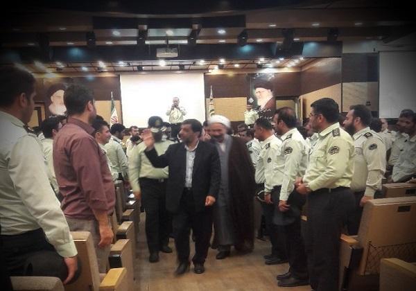 نیروی انتظامی در خط مقدم جنگ با دشمنان انقلاب است