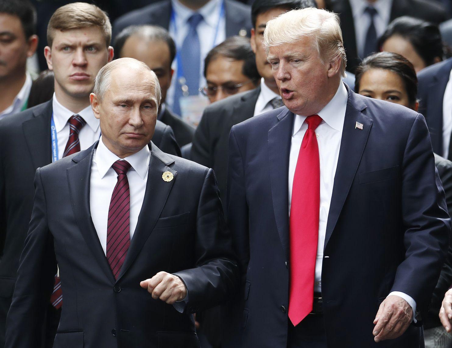 واشینگتن پست: علیرغم برملا شدن مدارکی درباره مداخله روسیه در انتخابات آمریکا ترامپ هنوز هم میخواهد دوست پوتین بماند
