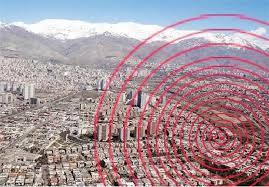 فاریاب کرمان همچنان روی نوار زلزله