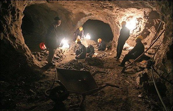 تنها ۷ تا ۸ درصد از پهنه کشور مورد اکتشاف معدنی قرار گرفته است/در حوزه معدن جدی کار نکرده ایم