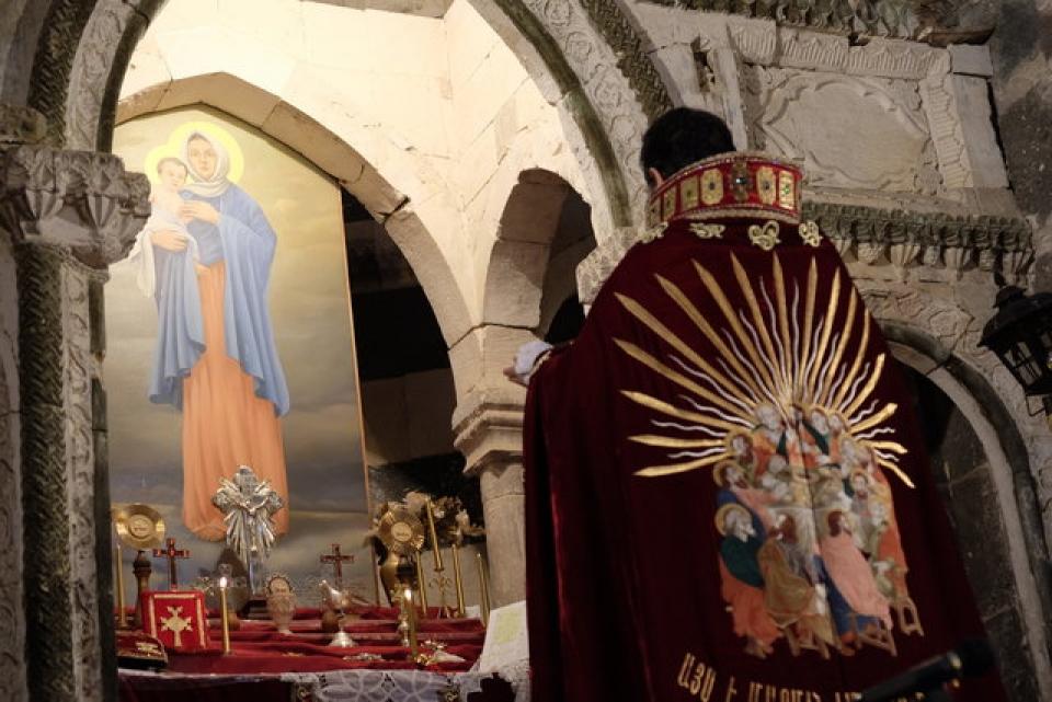 مراسم عشای ربانی در قره کلیسای چالدران