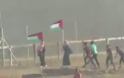 لحظه شهادت نوجوان فلسطینی با تک تیر انداز صهیونیستی +فیلم