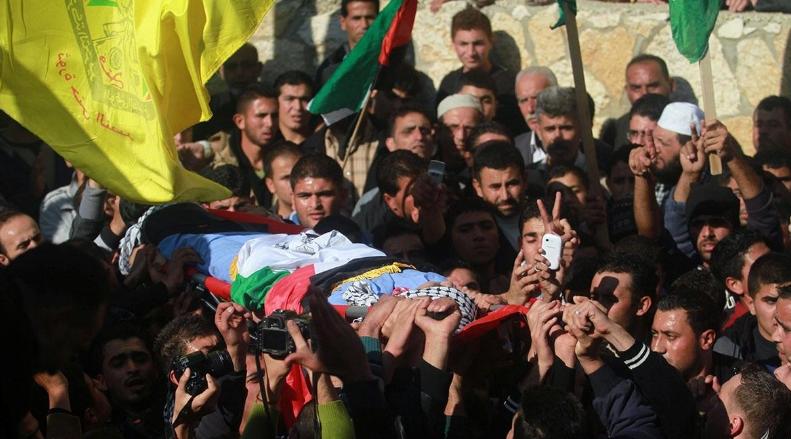 تشییع پیکر نوجوان شهید فلسطینی در نوار غزه