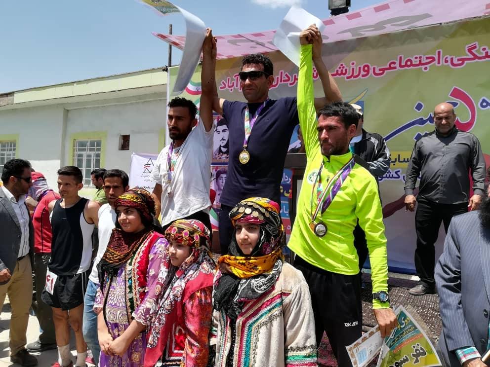درخشش دوندگان کوهستان فارس در مسابقات کشور