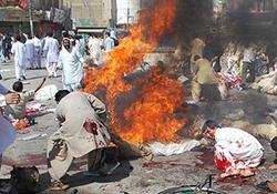 لحظه انفجار انتحاری تروریستهای داعش در بلوچستان پاکستان + فیلم