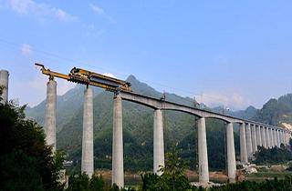 ساخت ماکت تریلی پل ساز توسط یک دانشجو + فیلم