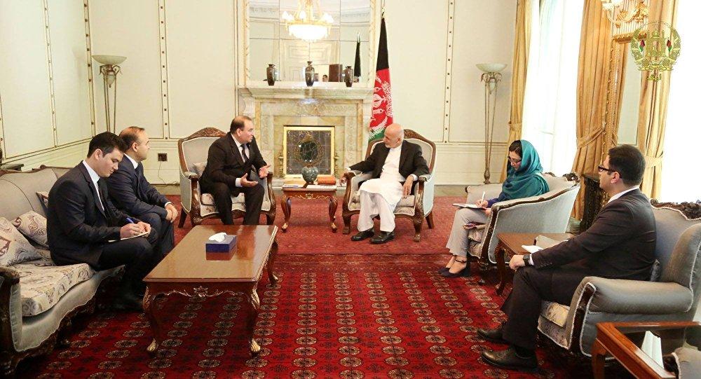 دیدار تودیعی اشرف غنی با سفیر ترکمنستان