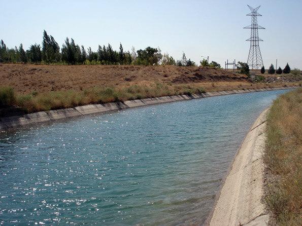 تکمیل کانال آب رسانی روستای تکه با 450 میلیون اعتبار