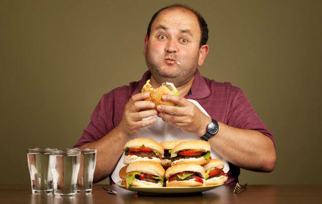 اختلالات مربوط به خوردن چگونه درمان میشوند؟
