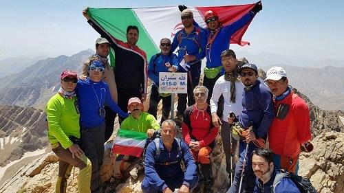صعود کوهنوردان فریمانی به قله اشترانکوه