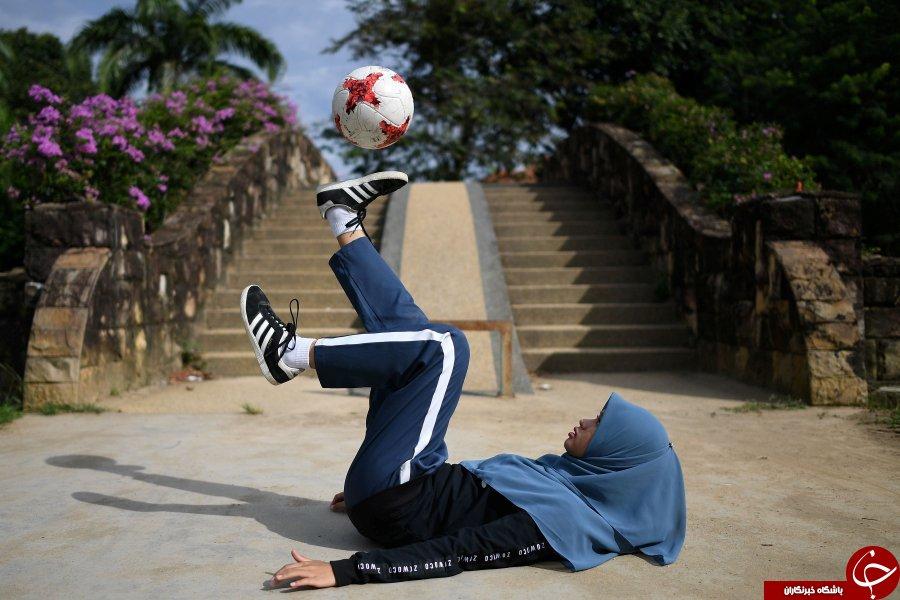 مهارت دیدنی دختر محجبه مالزیایی در فوتبال خبرساز شد / فیلم و تصاویر