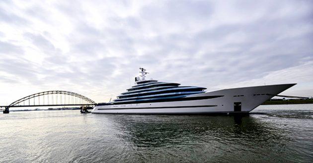 ساخت بزرگترین کشتی تفریحی در هلند + فیلم//
