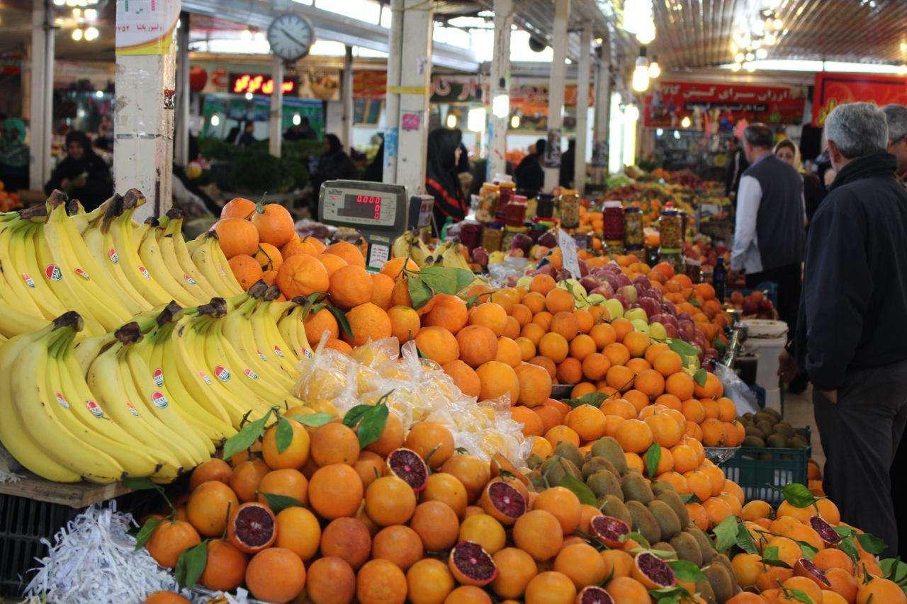 بیداد گرانی میوه در بازار همدان