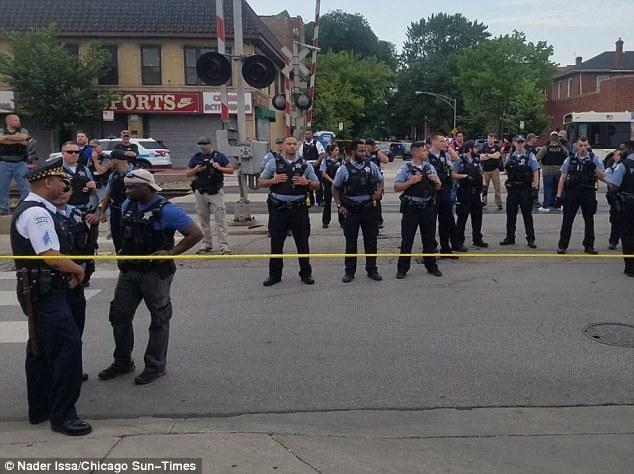 تظاهرات در شیکاگو در پی قتل یک مرد توسط پلیس+ تصاویر