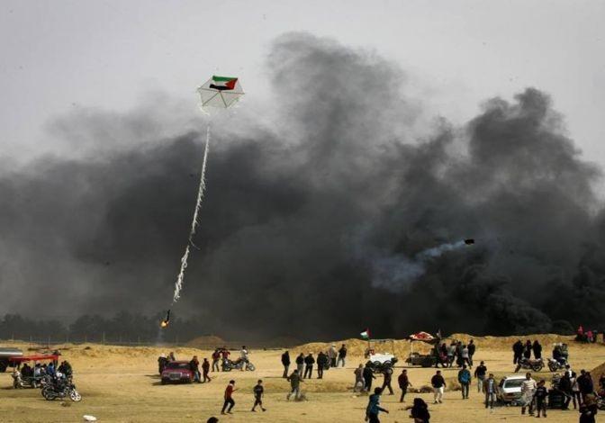 ۱۷ مورد آتش سوزی در پی حمله فلسطینیان با بادبادک آتش زا