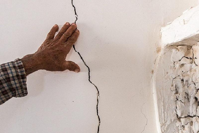 زلزله موجب ترک خوردگی ۷۰۰ منزل روستایی در رودبار کرمان شد