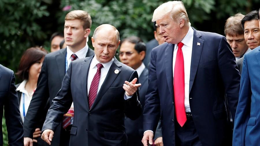سخنگوی کرملین:پوتین نخست منافع روسیه را درنظر میگیرد و به عقاید متقابل ترامپ احترام میگذارد