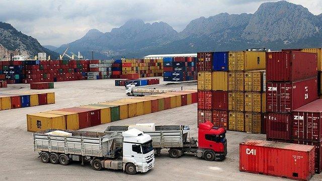 صادرات بیش از دویست میلیون دلار کالا از استان مرکزی