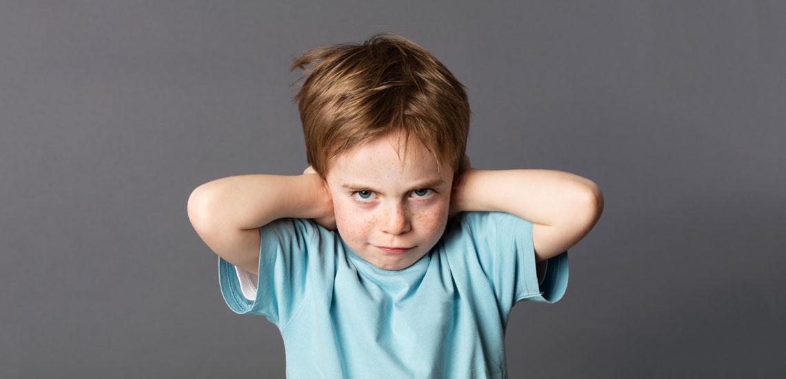 با کودک لجباز خود چگونه رفتار کنیم؟