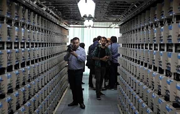باشگاه خبرنگاران -حضور خبرنگاران در طبقه نهم ساختمان دیتاسنتر مرکز امام خمینی(ره) +فیلم